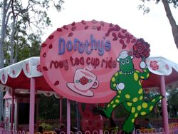 Dorothy the Dinasour Tea Cup Ride