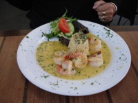 Garlic Prawns Costa D'Oro style. Just make sure your partner has some too!