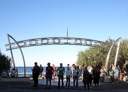Probably one of the most photographed spots in Surfers Paradise. Sign photo shot everyone has to have!