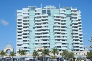 The Grand Hotel and Apartments at Labrador on the Gold Coast