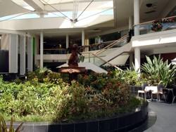 Ground floor of Marina Mirage Shopping Centre before the 2009 refurbishment
