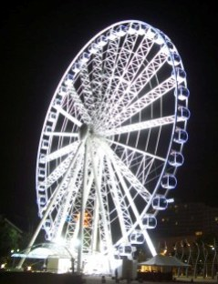 Surfers Paradise Wheel At Night